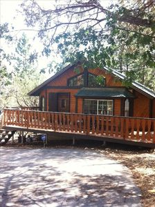 Beautiful Cabin Steps to National Forest!