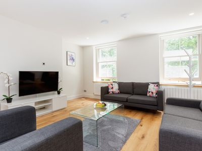 Photo for BEATUFIUL 2BR FLAT IN THE HEART OF FITZROVIA – SOHO
