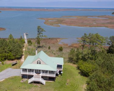 Photo for Private Waterfront Retreat on Winter Harbor Haven