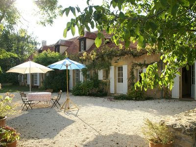 Photo for Spacious holiday home divided in two, near Sainte-Alvère (5 km)