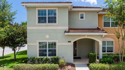 Photo for Family-friendly townhome - close to Disney and all the attractions!