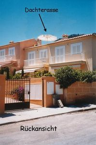 Photo for House with private garden, sea view roof terrace a few steps to the bays