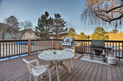 There's a grilling area near the pool and hot tub - great for afternoon BBQs.