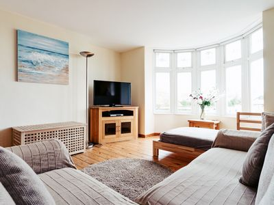 LOVELY RENTAL APARTMENT IN PORTHCAWL CLOSE TO BEACH, SEA AND TOWN