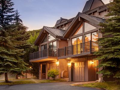 Photo for Beautifully remodeled Deer Valley Pinnacle Condo| Ski Shuttle | Summer Concerts