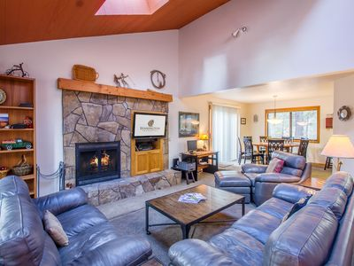 Photo for Walk to Sunriver Village! Quiet Setting, 2 Master Suites, A/C, Hot Tub-BACK03