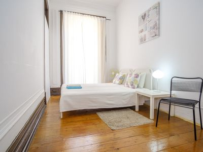 Photo for Unique Lisbon Rooms - Twin Room A with City View