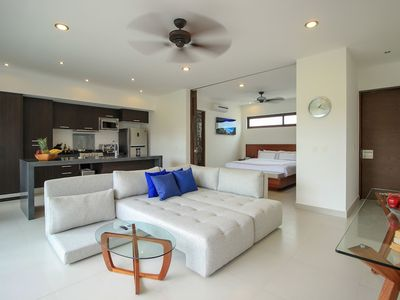 Photo for Golf View 1 Bedroom Condo by Olahola