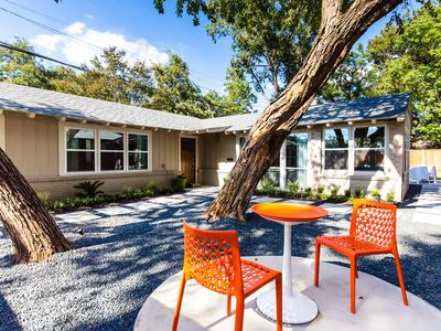 Best Reviews Incredible Value! Mid-Century Modern Oasis in the Heart of Dallas