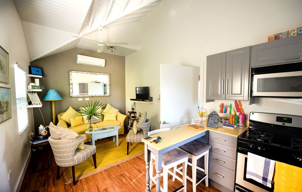 Brand New One Bedroom Apartment In The Heart Of Seven Mile Beach Grand Cayman