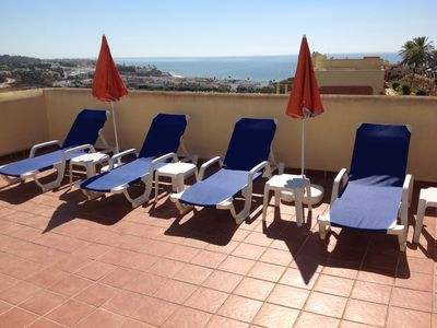 Photo for Penthouse with sunny roof terrace, close to bars/restaurants, air con, free wifi