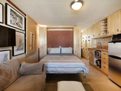 Photo for Beautifully Designed Studio Located Right in the Heart of P-town