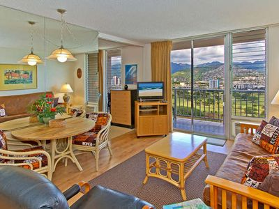 Photo for Beautiful 1BR Condo with Free Parking, Full Kitchen, Panoramic Mountain Views