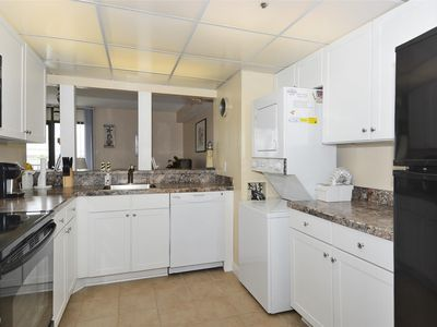 Photo for FREE DAILY ACTIVITIES!!! LINENS INCLUDED*! PANORAMIC BAY VIEWS!!! 3 Bedroom  2 Bath condo.  Enjoy panoramic view of the bay
