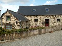 beautiful cottage in the heart of rural brittany