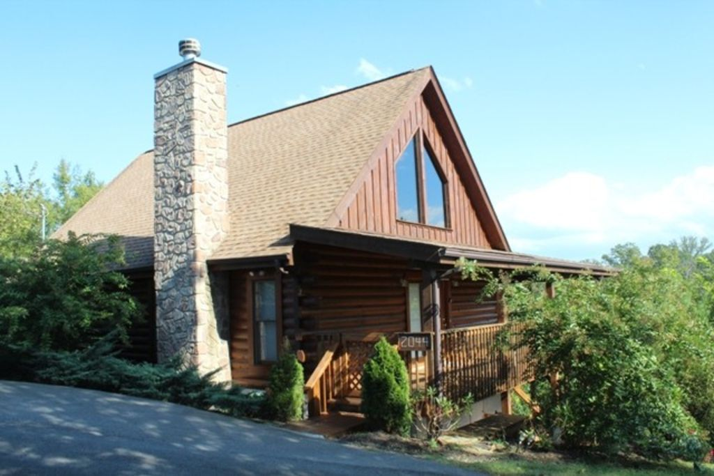Eagles haven bargain prices beautiful homeaway for Eagles view cabin sevierville tn