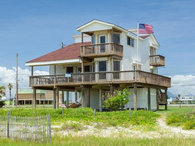 Photo for Footprints, fabulous 4/3 beachfront home, perfect for multiple families.