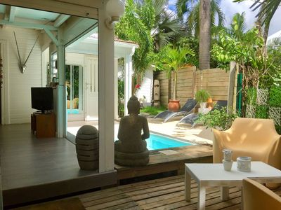 Photo for Charming house with small private pool - Direct beach access