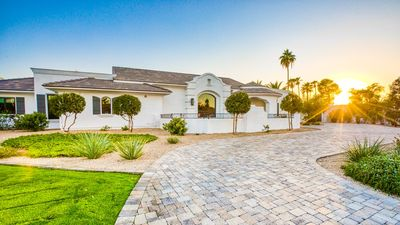 Photo for ⛳ Entertainer's Dream House! Perfect for Golfers and Families! Tons of Space!⛳