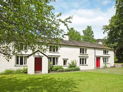 Photo for HALL BANK COTTAGE, pet friendly, with open fire in Rydal, Ref 949037