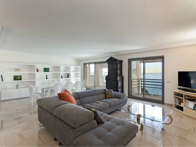 Photo for Croisette, renovated 3 bedrooms apartment in Luxe residence