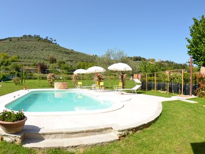 Photo for Private Villa with WIFI, private pool, A/C, TV, veranda, pets allowed, parking, close to Lucca