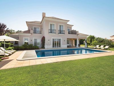 Photo for 4 bedroom accommodation in Monte Rei Golf & Country Club