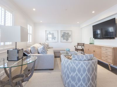 Newly Renovated! Modern, Chic 1 Bedroom Apartment in Town