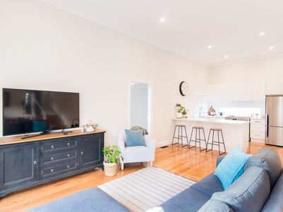 Photo for Remarkable 4 Bedroom Home in Ringwood