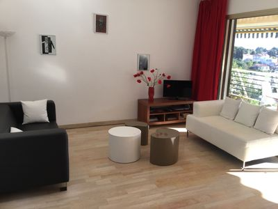 Photo for Beautiful quiet apartment in a park with views of the bay