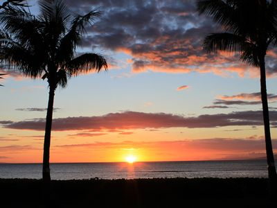 Photo for NEW!Elegant Oceanfront Remodeled 2B/2B GREAT LOCATION, Lanai, Free WiFi, Parking