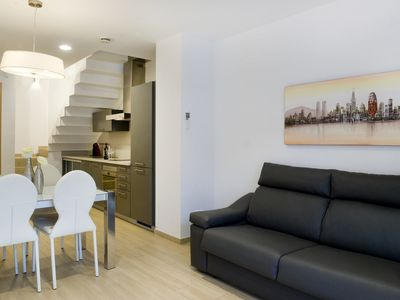 Photo for Luxurious duplex for 4 w/ terrace at Pl.Espanya