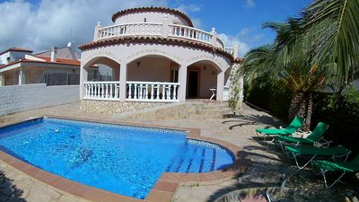 Photo for Villa Manuela with air conditioning and up to 12 people. Pool 10x5m.