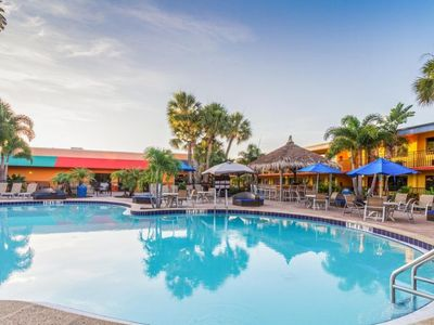 Photo for ON-SITE WATERPARK! 2 COMFY UNITS FOR 8 GUESTS, CLOSE TO UNIVERSAL STUDIOS