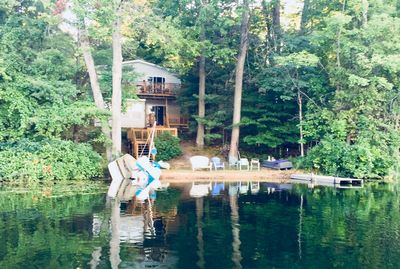 This family cottage is the perfect place to stay to experience Michigan summers!