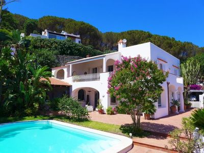Photo for 3 bedroom Villa, sleeps 6 in Casamicciola Terme with Pool, Air Con and WiFi