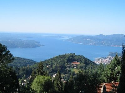 Photo for Villa in a sunny location on a large property with panoramic views of the lake, inexpensive