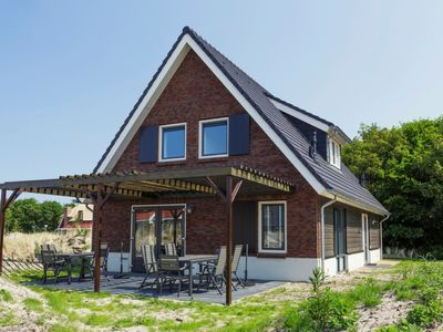 Photo for Luxury 10-person bungalow in the holiday park Landal Sluftervallei - on the coast/the beach