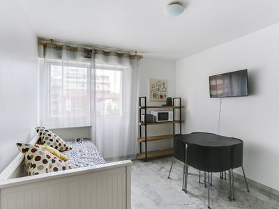 Photo for Charming studio close to the center of Nice