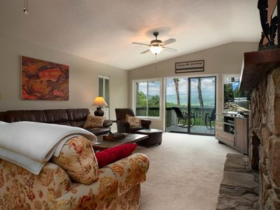 4 bedroom accommodation in Pisgah Forest