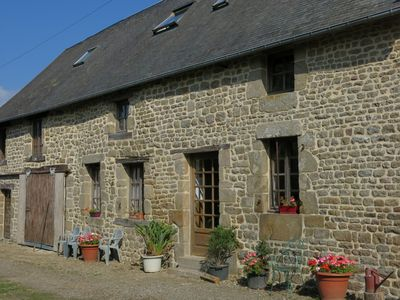 Photo for THE OLIVES COTTAGE 4 BEDROOMS SLEEPS 12