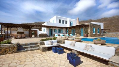 Photo for Villa with 5 bedrooms pool, sea view & breakfast