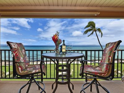 Photo for Beautiful Blue Oceanfront Views! Location! KA 211