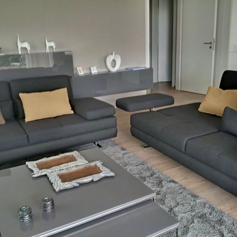 bequeme sofas affordable frey wohnen cham mbel az couches sofas ecksofa in uform als bequeme. Black Bedroom Furniture Sets. Home Design Ideas