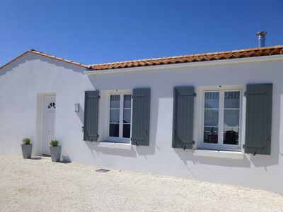 Photo for Island living in Saint Georges d'Oléron - chic, spacious, bike path, free WiFi