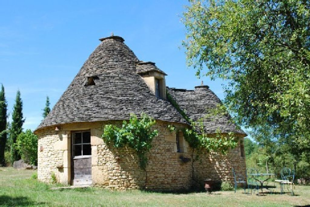 Authentic Borie Of Le Cause Stone Built And Roofed In