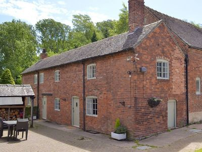 Photo for 2 bedroom accommodation in Milton, near Repton