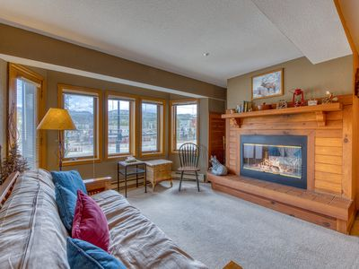 Photo for Relaxing condo near Winter Park w/ mountain views - right on the bus line!