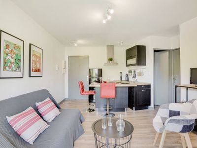 Photo for Beautiful apartment for 4 guests with WIFI, TV and parking