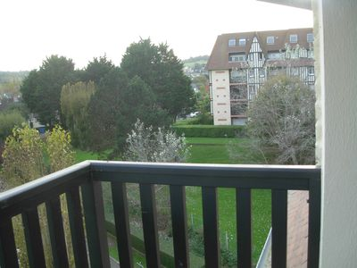 Photo for 2 room apartment for 4 persons balcony 150 m from the beach and shops